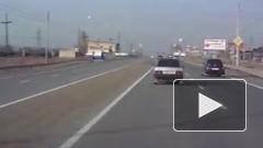 Жуткий дрифт автомобиля на трассе Железногорск - Красноярск попал на видео
