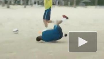 "Футболисты ""Зенита"" поиграли в регби"