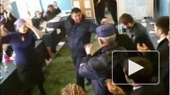 Президент Чечни Рамзан Кадыров станцевал на избирательном участке во время выборов президента РФ