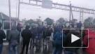 """Водители микроавтобусов заблокировали КПП """"Тиса"""" между Украиной и Венгрией"""