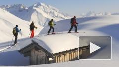 Отрезанные снегопадами в Австрии туристы собираются вернуться на лыжные трассы