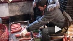 В Петербурге нелегальные мигранты наладили выпуск квашеной капусты и моркови