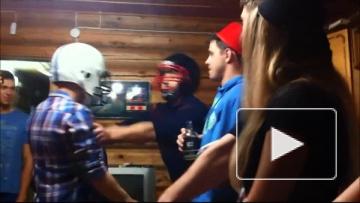 Жесткий удар шлемом, эпичное видео