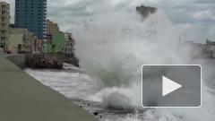 Ураган Лаура стал самой большой угрозой для нефтедобычи США