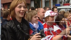 ГУ МВД: в Москве сборную России по хоккею поздравили 4 тысячи человек