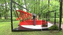 Русский авангард на газонах и клумбах: в Петербурге проходит фестиваль «Императорские сады России»
