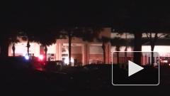 В торговый центр во Флориде врезался самолет: пока пятеро пострадавших
