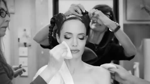 Disney показала процесс превращения Джоли в Малефисенту