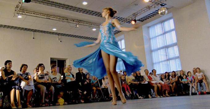 День открытых дверей бальные танцы Ариель в Выборге