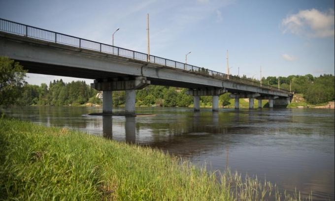Ремонт моста через Вуоксу в районе Лесогорского
