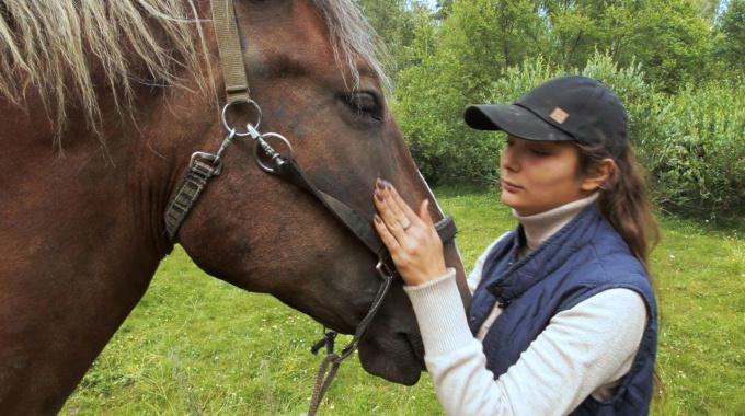 Сделано в Выборге верховая езда иппотерапия Лия Ставриди