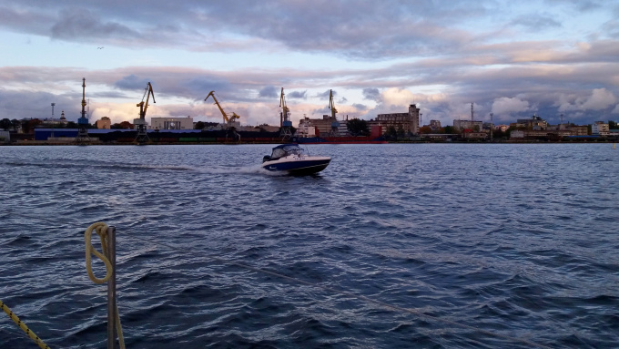 вид на выборгский морской порт