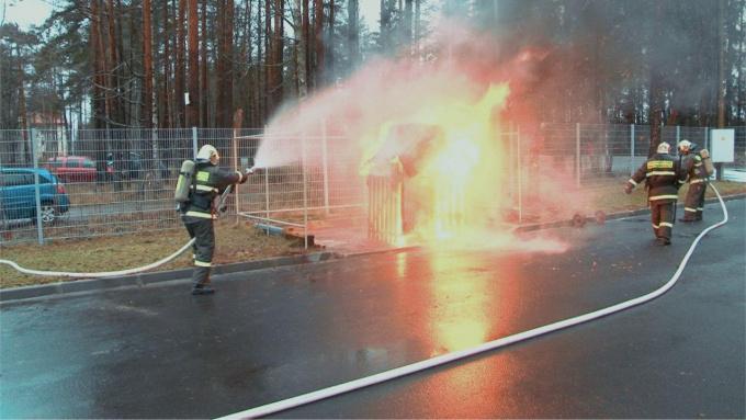 Новое пожарное депо торжественно открыли в поселке Семиозерье