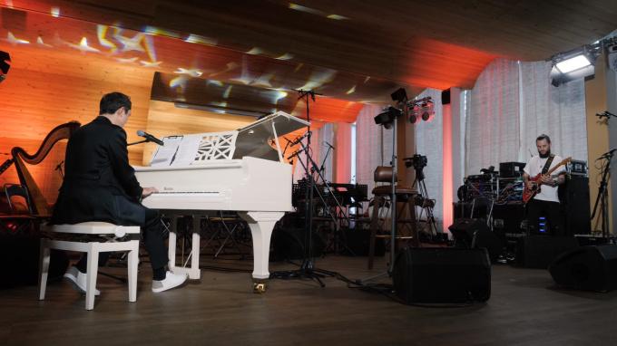 Композитор Сергей Петров дал авторский концерт в Выборге
