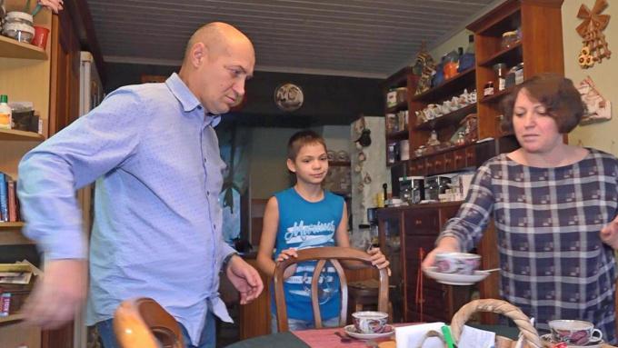 история усыновления сироты Саши Столярова