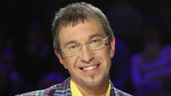 Критик Соседов призвал не осуждать артистов за песни под фонограмму