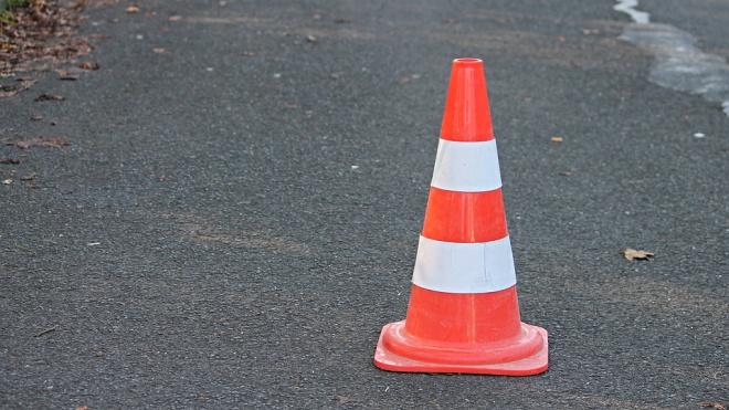 Дорожные работы ограничат движение транспорта на Выборгском шоссе