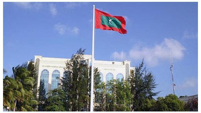 Полиция Мальдив сорвала выборы президента