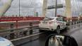 Авария спровоцировала большую пробку на Вантовом мосту