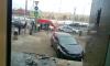 На Пироговской набережной машина врезалась в крыльцо здания после ДТП