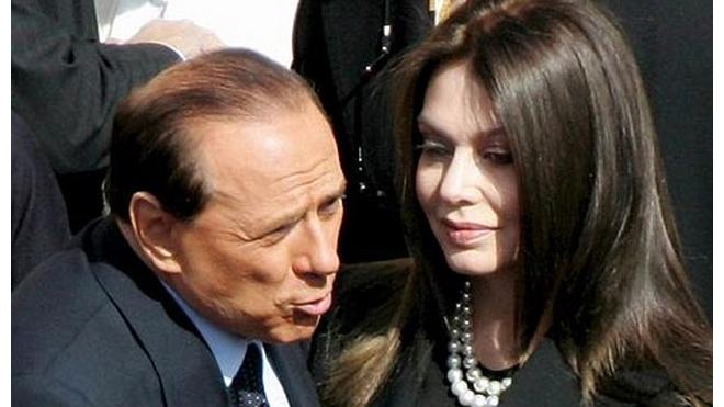 Жена Берлускони требует 3 миллиона евро в месяц