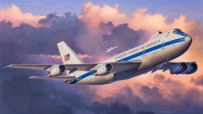 """В США из-за торнадо повреждены два самолета """"судного дня"""""""