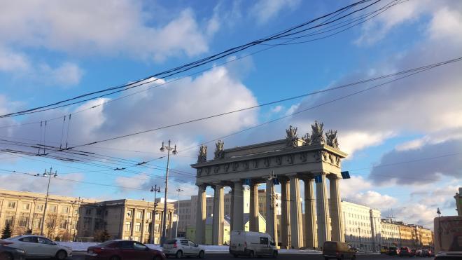 В МЧС Петербурга предупредили об усилении ветра