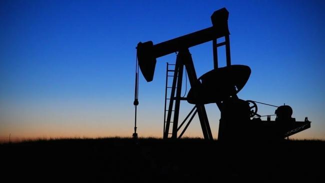 Цена нефти Brent опустилась ниже $67 за баррель