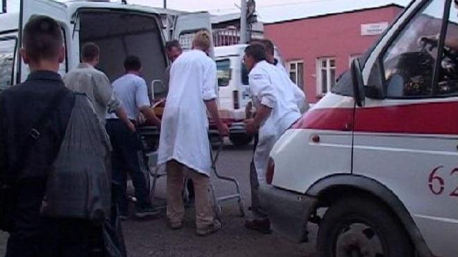 Во дворах на набережной Фонтанки КАМАЗ задавил пенсионерку