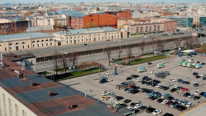 Следователи нашли виновницу смерти 70-летнего петербуржца после ссоры на парковке