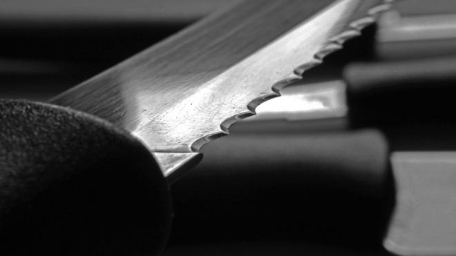 Во Фрунзенском районе братья решили выяснить отношения с помощью ножа