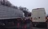 На Пулковском шоссе столкнулись Nissan, грузовая фура и эвакуатор