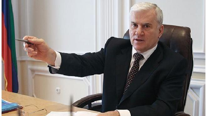 """Мэр Махачкалы """"заказал"""" следователя из-за обыска в районной администрации"""