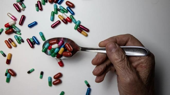 Российские ученые создали препарат, останавливающий развитие болезни Альцгеймера