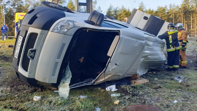Возбуждено уголовное дело о смертельной аварии с микроавтобусом на Скандинавском шоссе