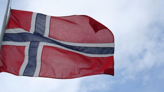 США рассчитывают разместить свои АПЛ на подземной базе в Норвегии