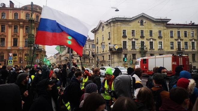 Петербуржцы не могли попасть домой из-за несогласованной акции
