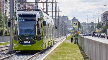 Смольный планирует закупить 500 новых трамваев в течение...