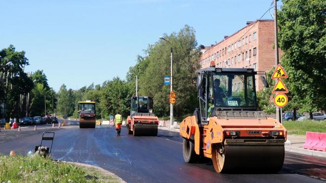 В Выборге продолжается капремонт дорог