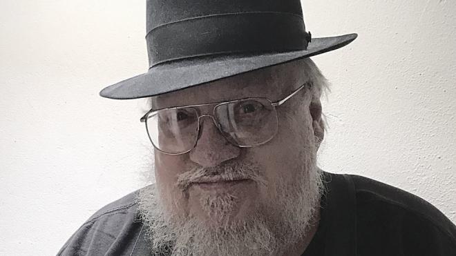 """Писатель Джордж Мартин задерживает выход книги """"Ветра зимы"""""""