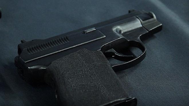 Коммерческий директор стрелял в воздух у магазина на Науки