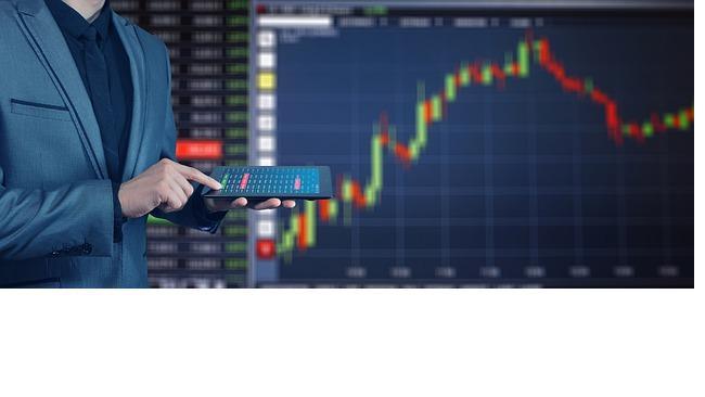 """""""Сбербанк"""" выплатит акционерам ₽422,3 млрд."""