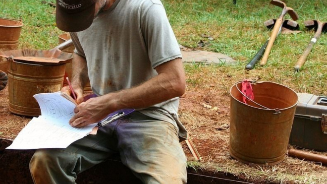 В Петербурге изучают 8000-летнюю керамику, найденную у берегов Дона