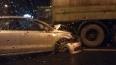 На проспекте Испытателей автомобиль Volskwagen врезался ...