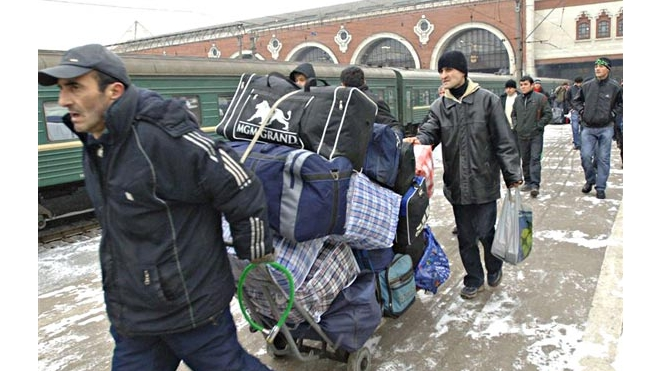 СК и Полтавченко: мигрантам-насильникам не место в Петербурге