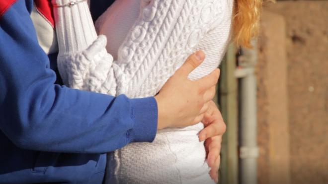 В 2019 году в Петербурге зарегистрировали брак 925 иностранцев
