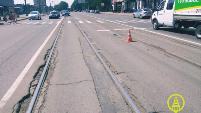 На пешеходном переходе Политехнической улицы иномарка сбила мужчину