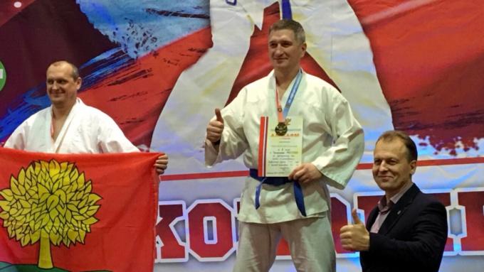 Выборжец Евгений Омельченко чемпион россии по рукопашному бою