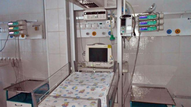 В Новочеркасске скончалась годовалая девочка, которую ранило потолочным вентилятором
