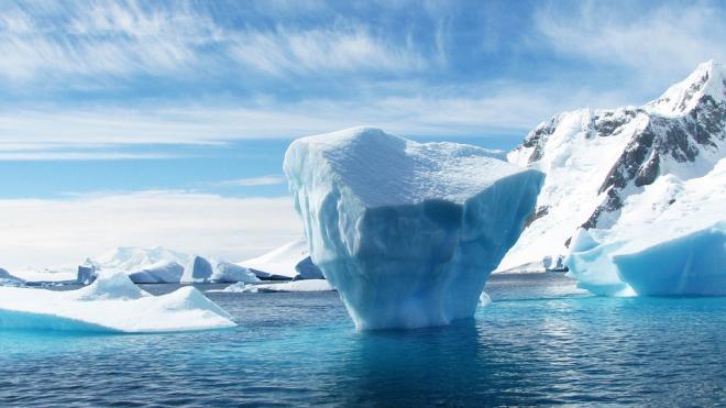 Корреспонденты CNN рассказали об учениях ВМС США в Арктике